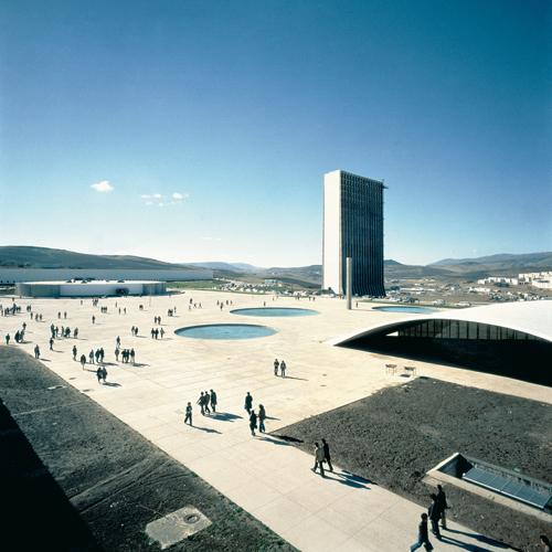 F7 constantine 01 Oscar Niemeyer y la arquitectura moderna