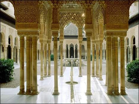 Archivo:Alhambra - Patio de los leones.jpg