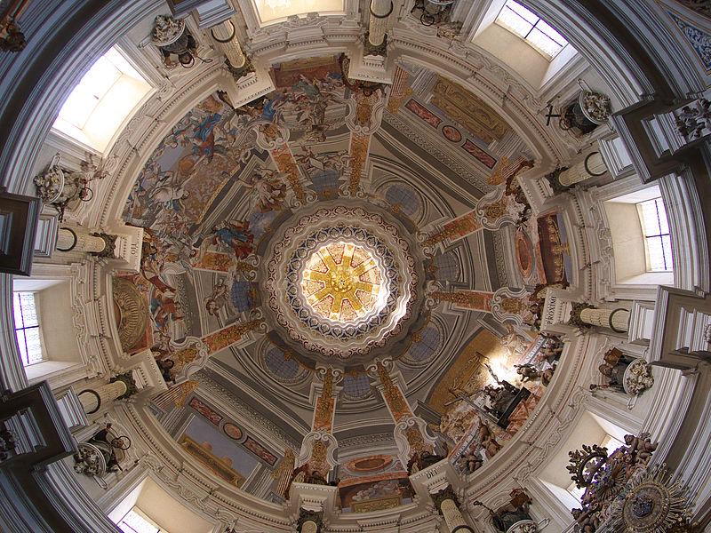 File:Iglesia de San Luis. Cúpula.jpg