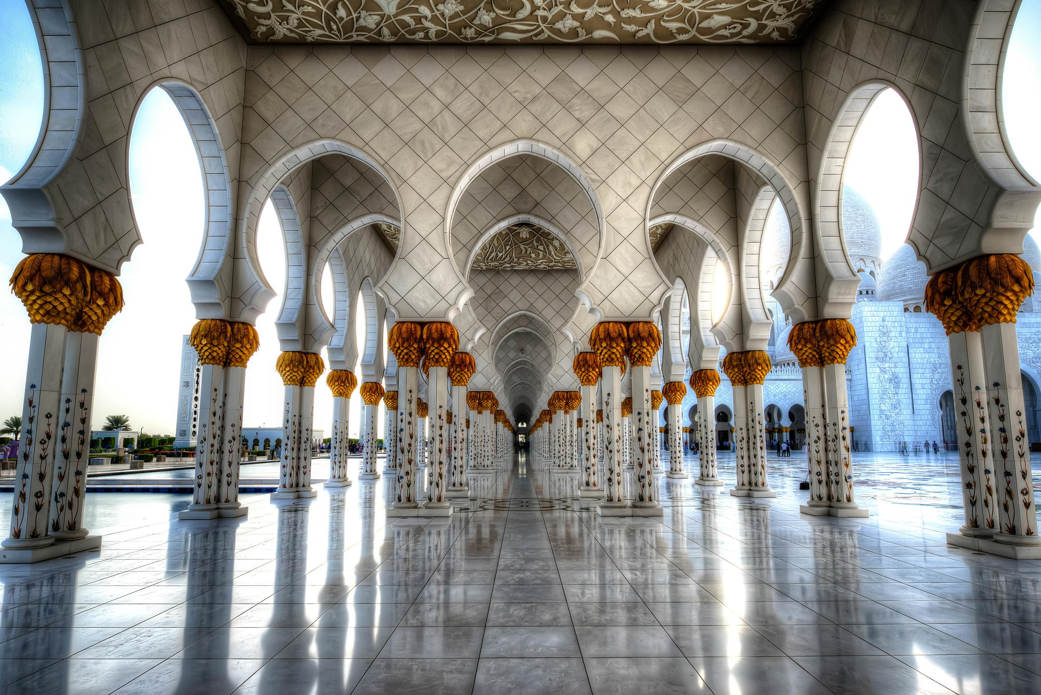 Photograph Sheikh Zayed Grand Mosque by Javier Mendoza on 500px