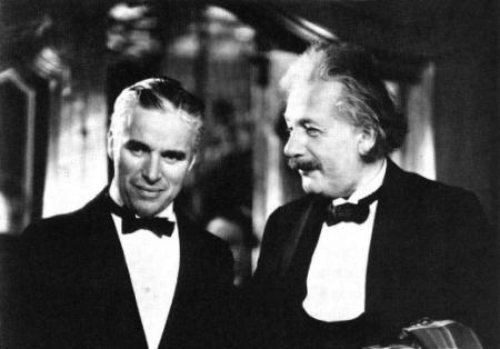 Charles Chaplin y Albert Einstein, Diálogo entre genios.
