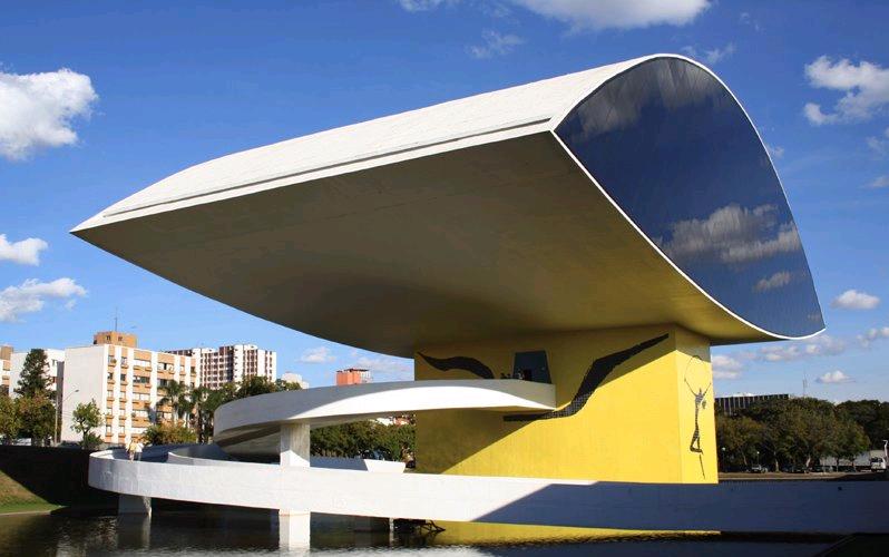 Museo Niemeyer, Curitiba, Brasil